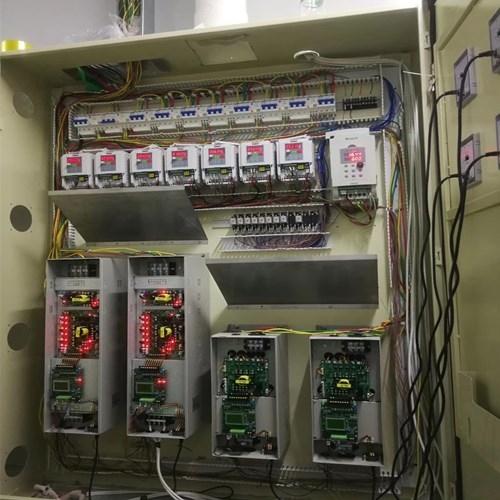 4灯型uv控制柜